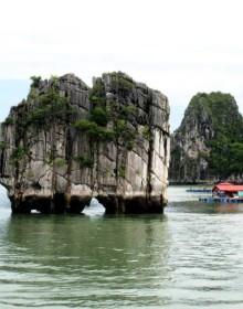 Dinh Huong Islet, Halong Bay, Vietnam Cruise