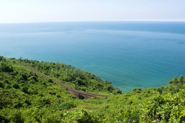 Hai Van Pass, Danang, Hue, Travel
