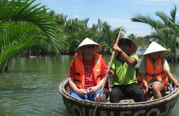 hoi an boat trip, travel hoi an, why should travel hoi an