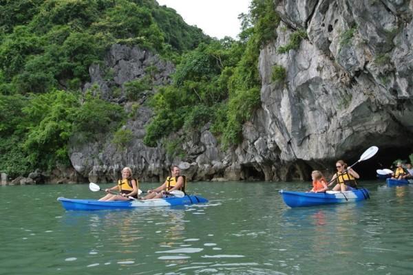 Luon Cave. Halong Bay, Halong Cruise, Halong Bay City Tour
