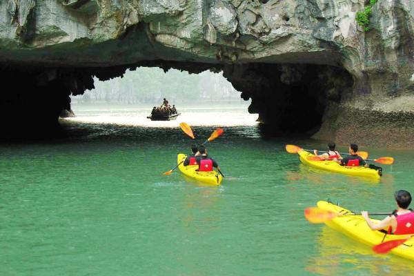 Luon Cave, Halong Bay, Halong Bay Cruise
