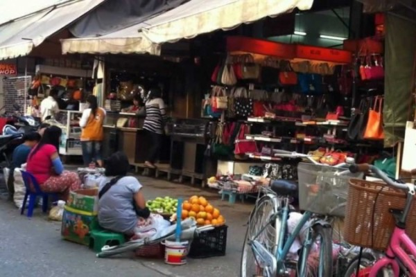 Mae Sai Border Market, Chiang Rai, Travel Guide