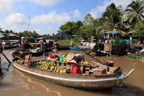 Phong Dien floating market, Can Tho, Cai Rang