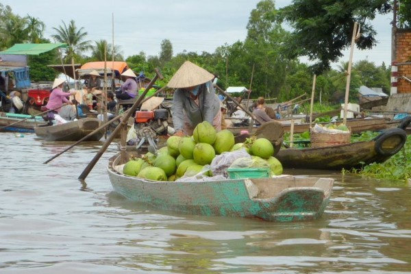 Phong Dien Floating Market, Can Tho, Cai Be