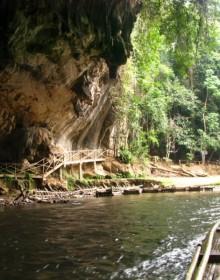 Tam Lod Cave