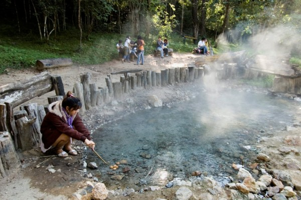 The Pa Pae Hot Spring Travel Guide Tour