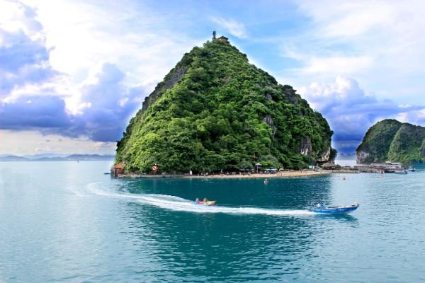 Titop Island, Halong Bay