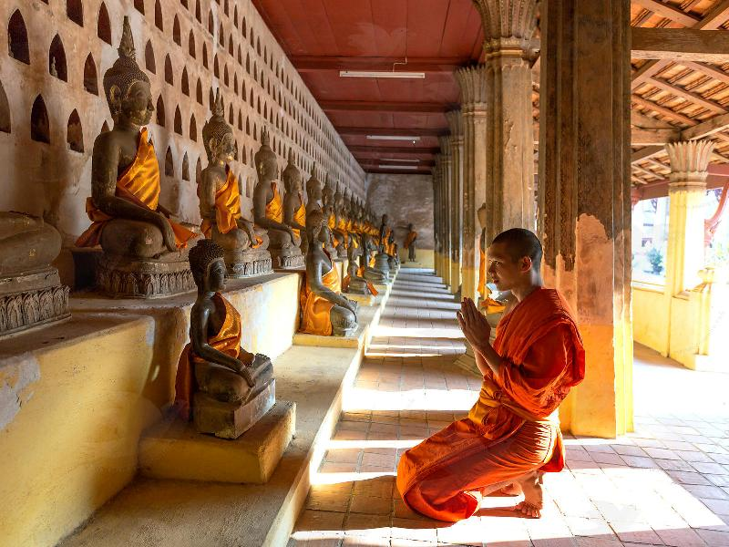 se ree buddhist singles Explore our single friendly holidays for solo travellers, whether a yoga retreat in bali, weight loss in spain or a choice of worldwide group retreats.