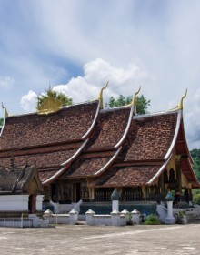 Luang Prabang is renowned for Buddhist temples of outstanding beauty with Wat Xieng Thong an outstanding example.