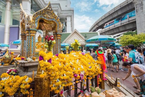 Erawan Shrine, Bangkok, Thailand