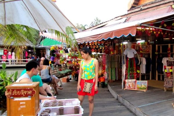 Four Regions Floating Market Travel Guide,Tour, Pattaya ...