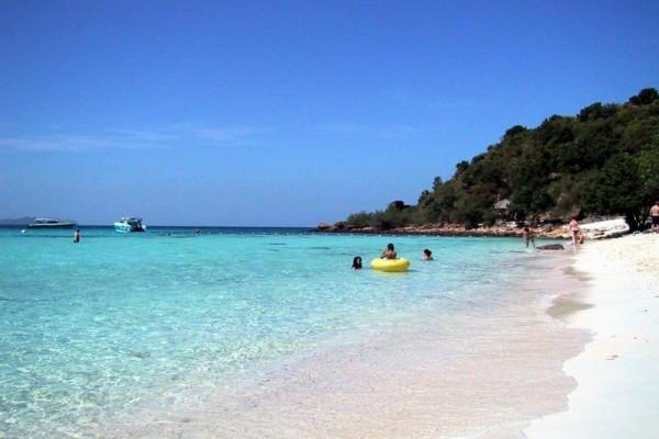 Ko Lan Island, Pattaya, Thailand