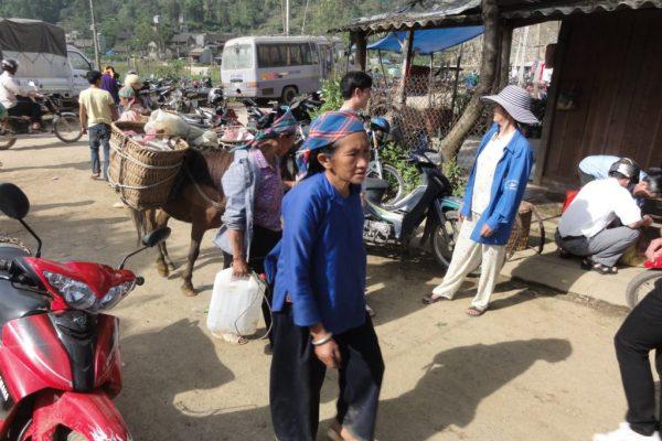 Muong Khuong Market, Sapa, Lao Cai