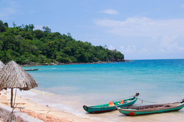 Vinh Hai Beach, best sight in Vietnam, best beach in vietnam, beach tour vietnam