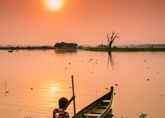 Taungthaman Lake, Mandalay, Myanmar