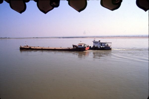 Ayeyarwaddy River, Myanmar, Travel Guide