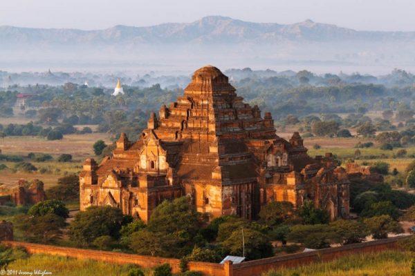 Damyangyi Temple , Bagan, Myanmar