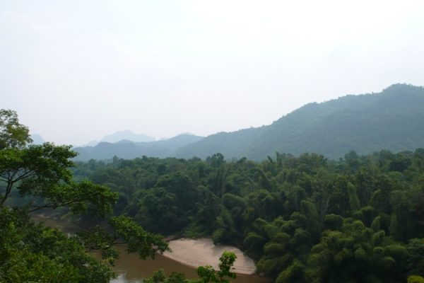 Daw Na Mountain, Myanmar, Travel Guide
