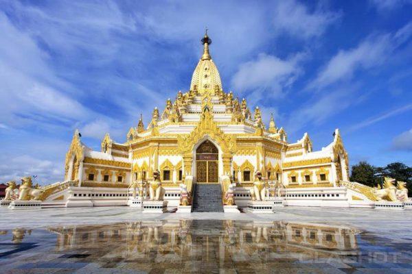 Kyauktawgyi Pagoda, Mandalay, Myanmar
