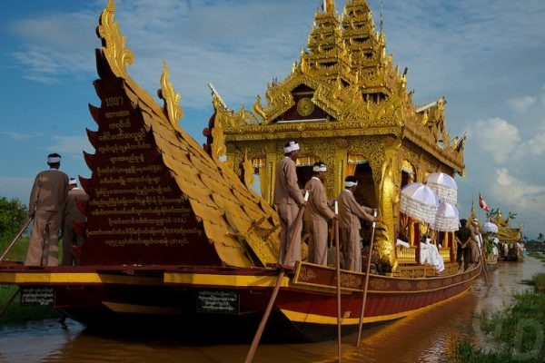 Phaung Daw Oo pagoda, Inle Lake, Myanmar