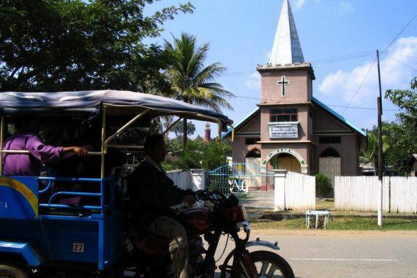 Tamu, Myanmar, Travel Guide