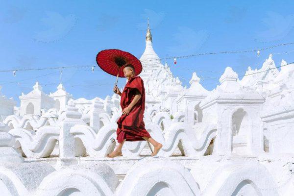 Myatheindan Pagoda, Migun, Myanmar